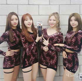 Girl's Day 获《THE SHOW》一位!(图文)